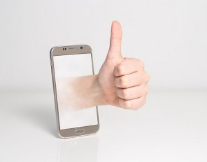 electronic injuries, text thumb, texting issues